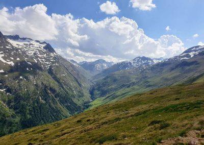 Uitzicht onderweg omhoog naar de Breslauer hütte